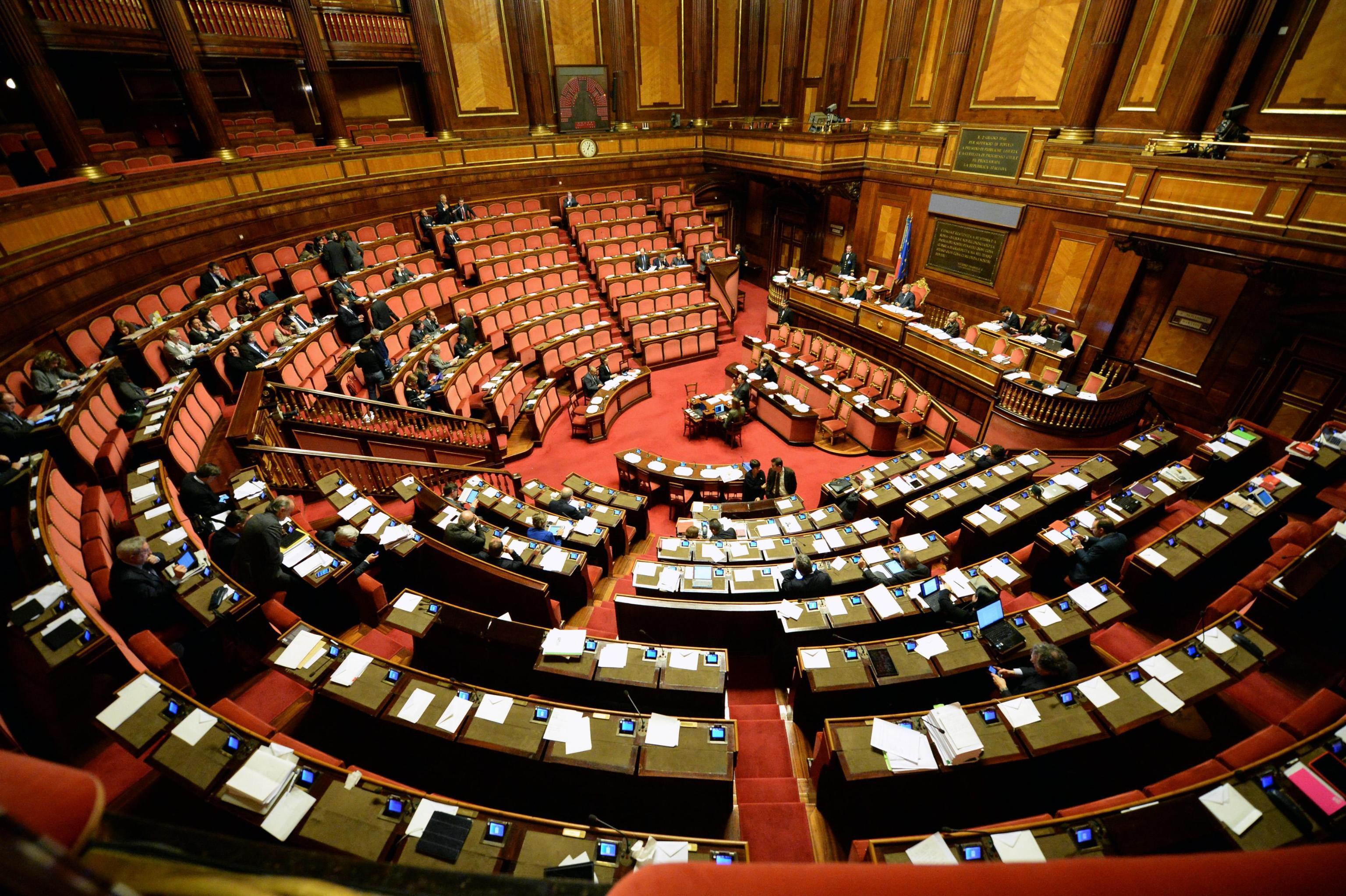 Voto di scambio la pena passa da 7 a 12 anni rai news for Tv camera deputati