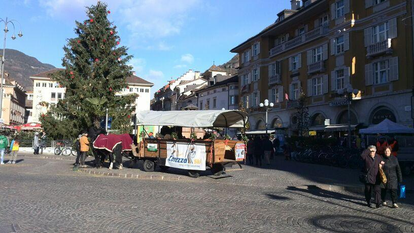 Mercatini di bolzano photogallery rai news for Mercatini roma oggi