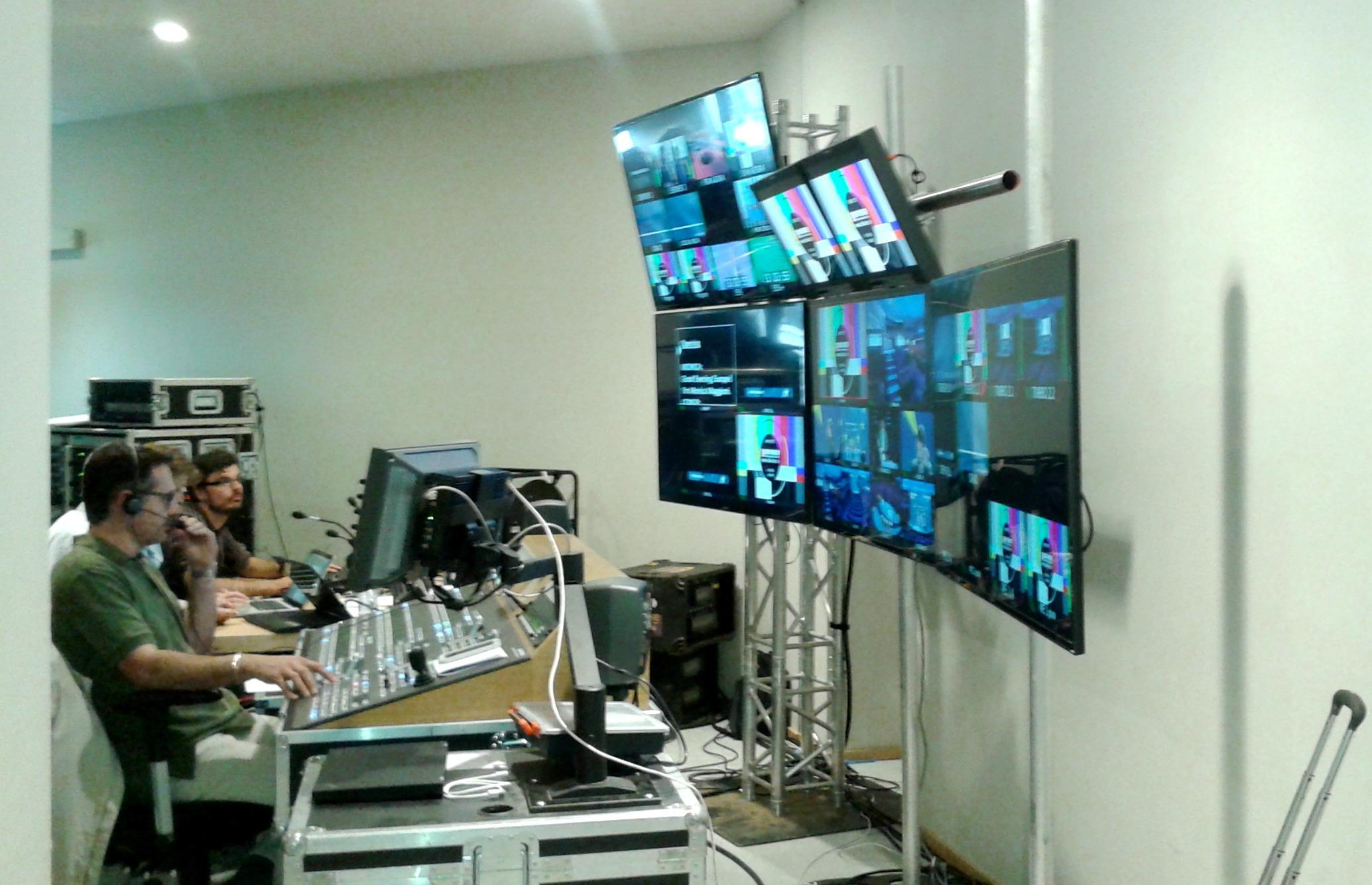 Bruxelles il parlamento europeo diventa studio tv per la for Radio parlamento streaming