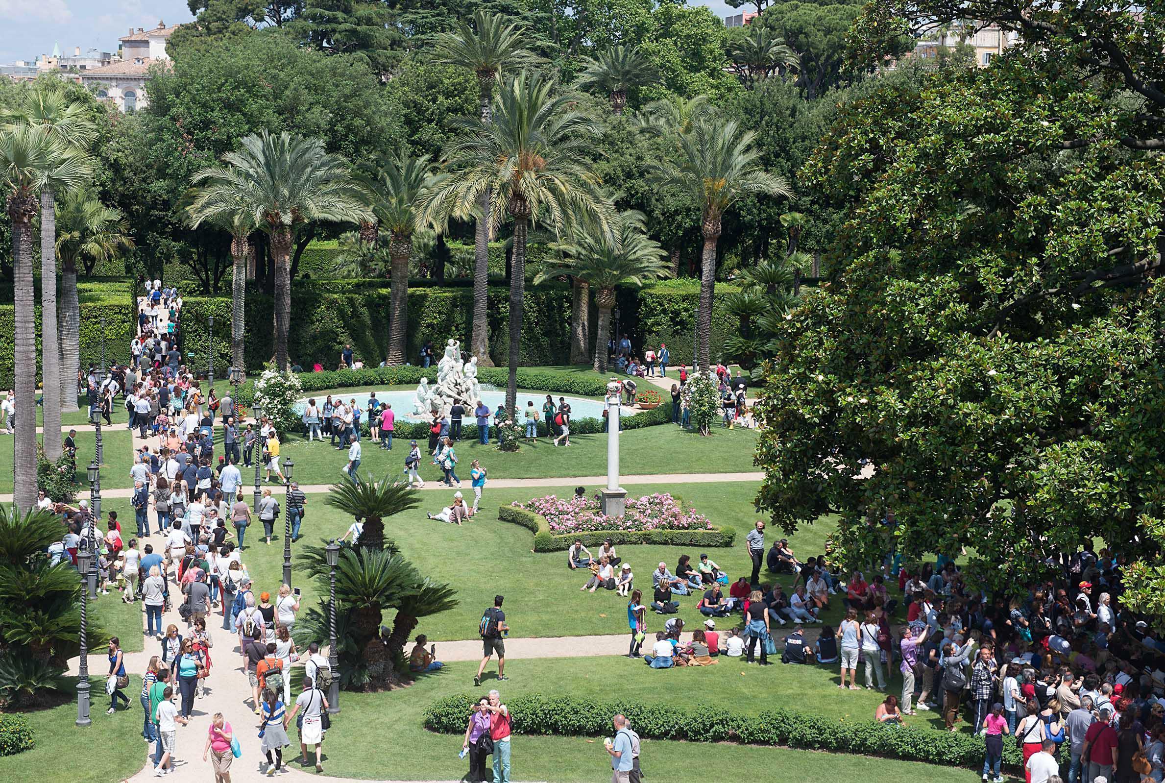 I giardini del quirinale le frecce tricolore i bersaglieri le foto del 2 giugno - I giardini del quirinale ...
