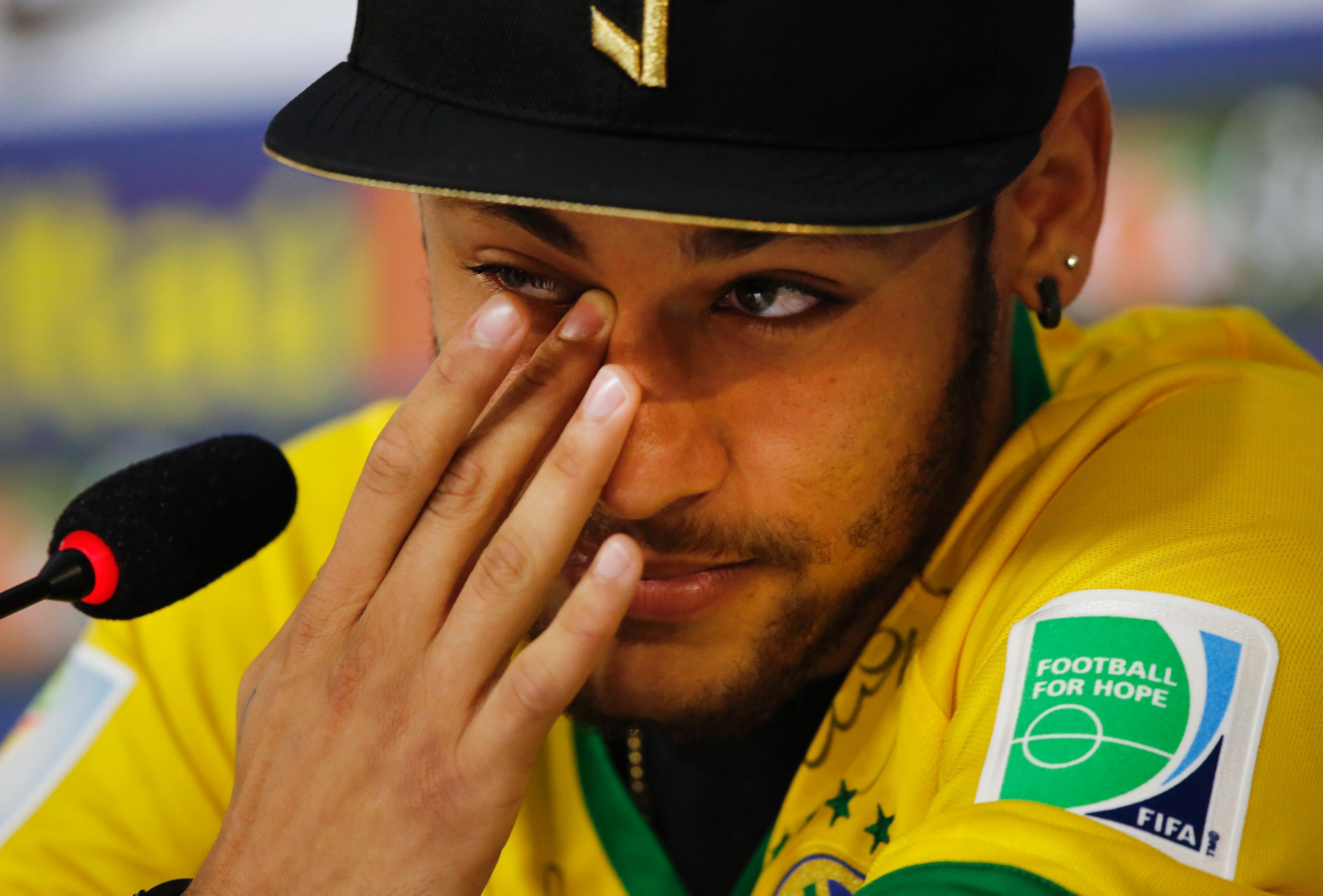 Neymar in lacrime contro Zuniga: potevo finire su una ...