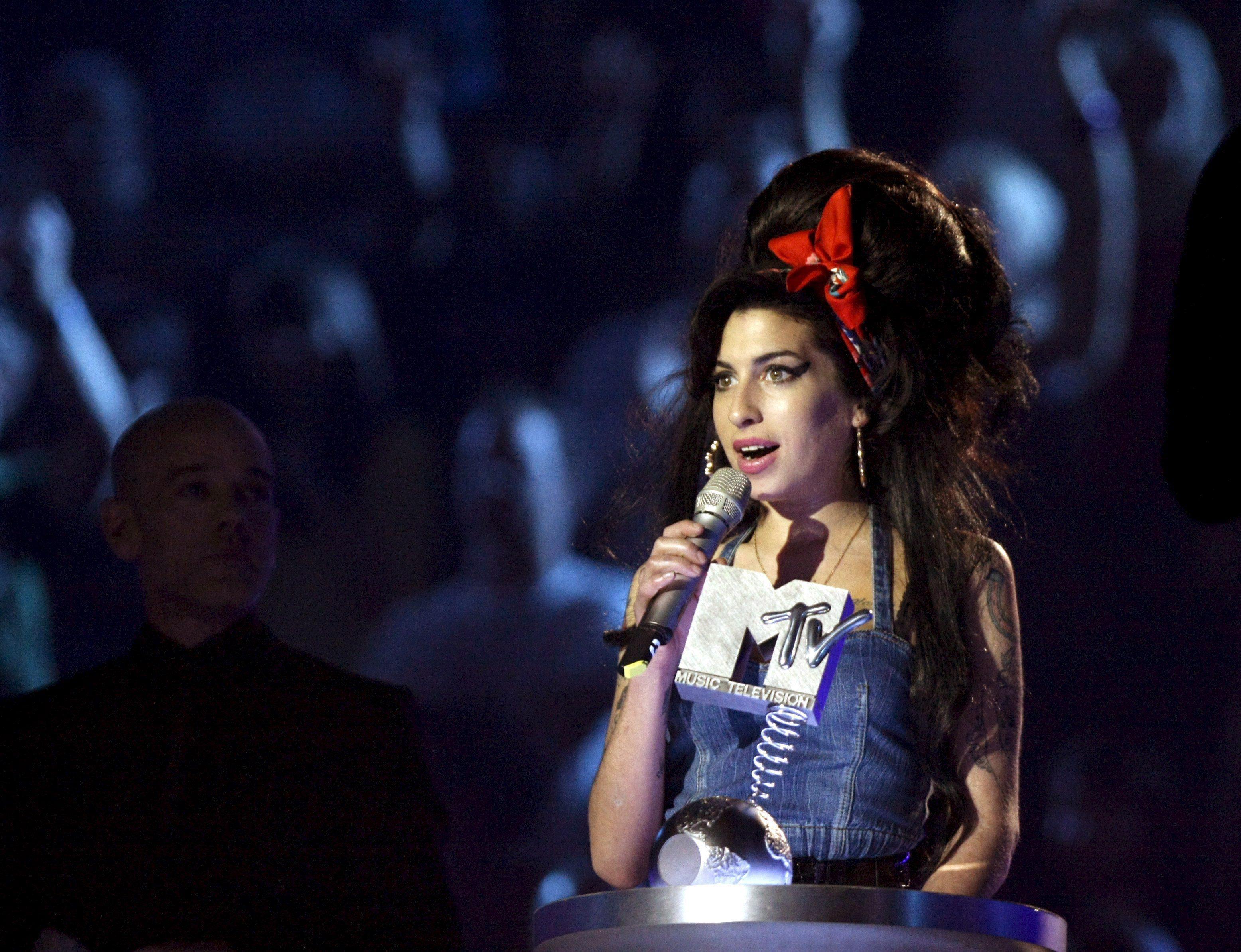 Tre Anni Senza Amy Winehouse Photogallery Rai News