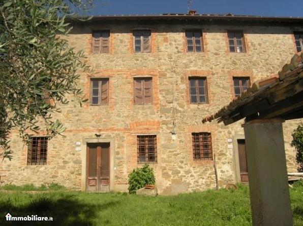 Villa mastroianni vendesi photogallery rai news for Piani di cabina di 800 piedi quadrati