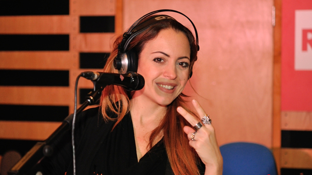 Video rai tv radio2 social club la ragazza del club for Radio parlamento diretta