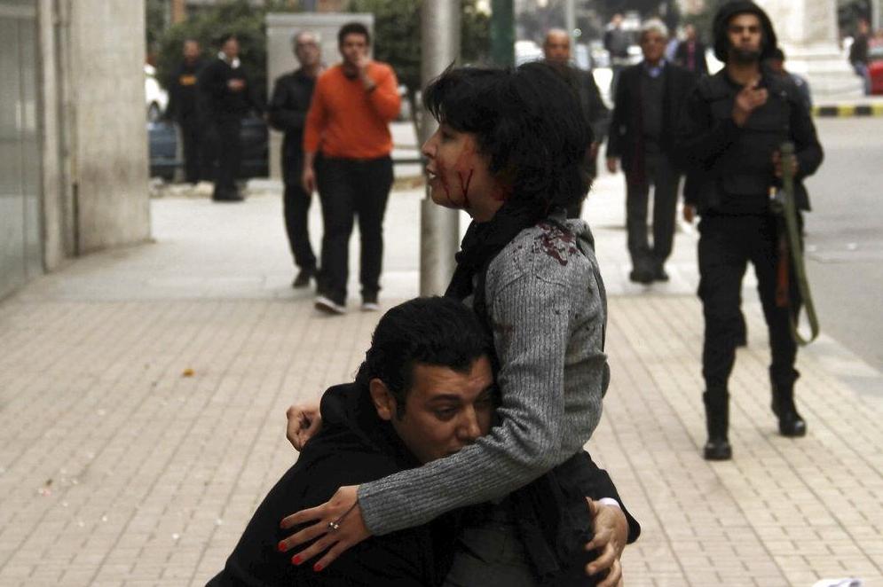 Egitto, le immagini degli ultimi attimi di vita di Shaima Al-Sabbagh