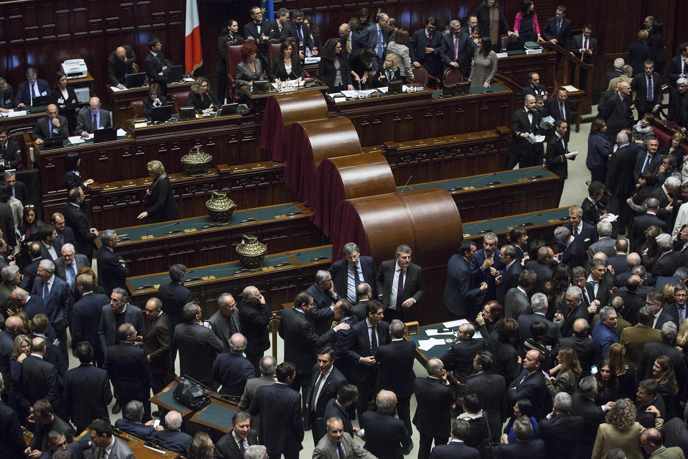 Quirinale primo giorno di votazioni a montecitorio volti for Camera deputati live